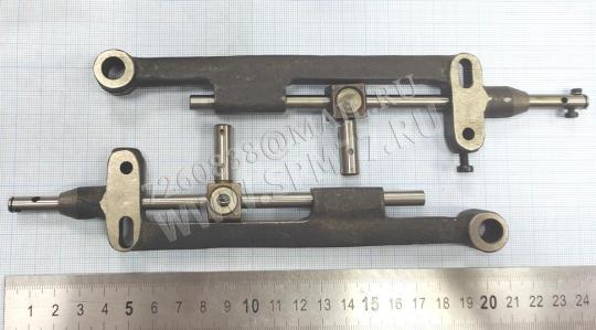 913330 Рамка игловодителя  186313 в сборе с поводком и игловодителем 26 класс ПМЗ